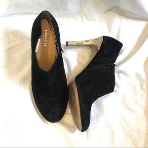 Coach Seneca black suede heels booties Size 8.5